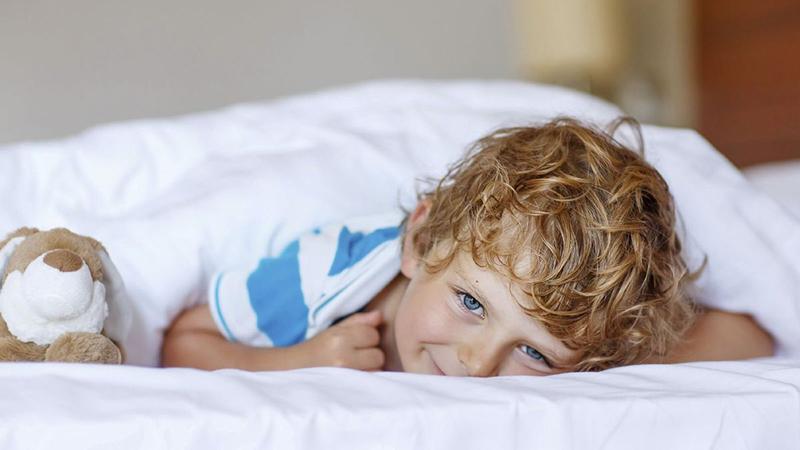 Ακράτεια παιδιού τη νύχτα