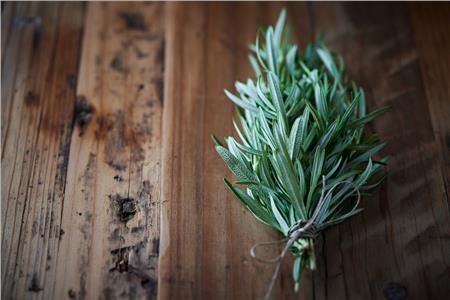 Τα 7 θαυματουργά βότανα (και μπαχαρικά) για την υγεία μας.