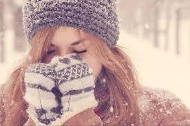 8 απλά tips για να μην είναι θαμπό και άγριο το δέρμα το χειμώνα