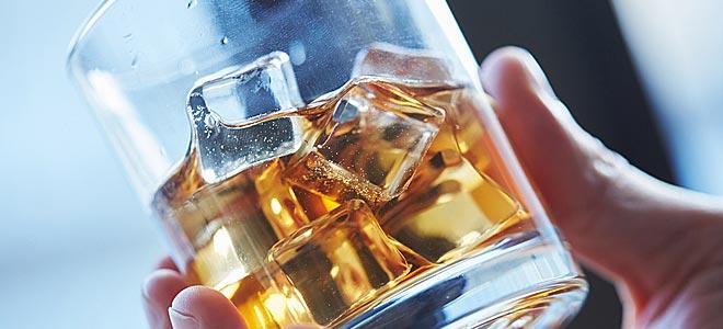 """Αλκοόλ: Ποια όργανα """"χτυπά"""";"""