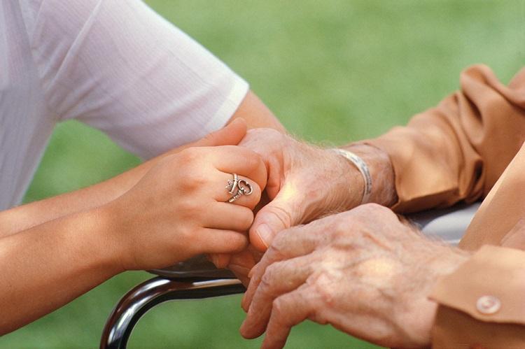 Γιατί δεν αναγνωρίζουν τους αγαπημένους τους οι ασθενείς με Αλτσχάιμερ