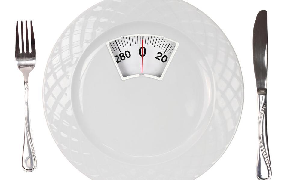 Η νέα τάση στη διατροφή λέγεται διαλείπουσα νηστεία