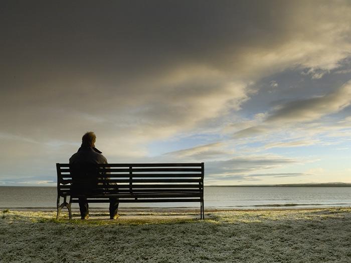 Η μοναξιά κίνδυνος για καρδιοπάθεια και εγκεφαλικό