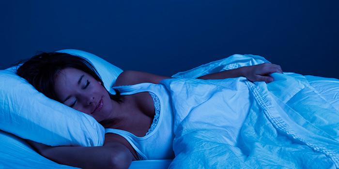 Δώδεκα συμβουλές για έναν καλό βραδινό ύπνο