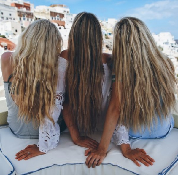 Summer hair tips! 3 μικρές συμβουλές για λαμπερά μαλλιά όλο το καλοκαίρι!