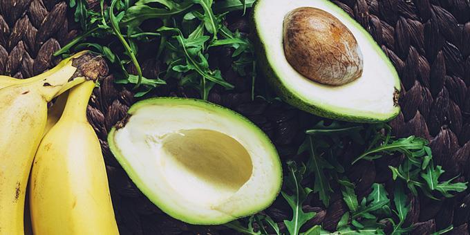 7 τροφές για να σταματήσεις να παρατρώς