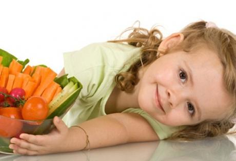 Αυτά είναι τα 12 εύκολα τρικ για να βελτιώσετε τη διατροφή των παιδιών σας