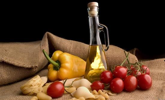 «Ασπίδα» για την υγεία τα άφθονα λιπαρά της μεσογειακής διατροφής