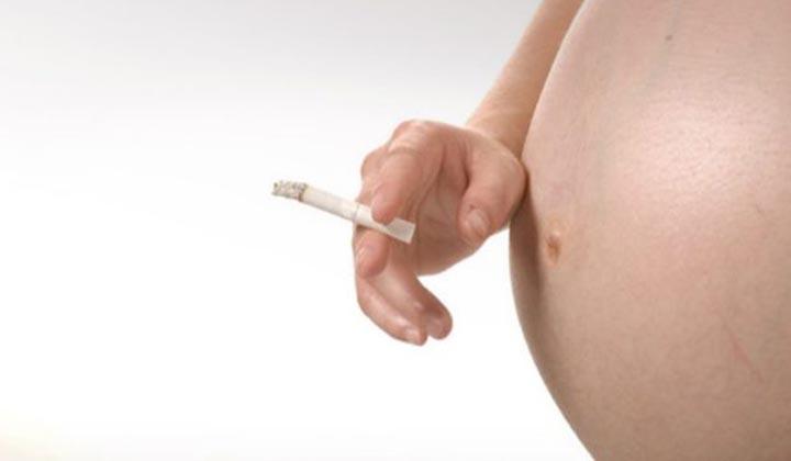 Ο κίνδυνος του καπνίσματος κατά την εγκυμοσύνη