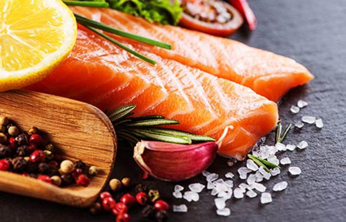 Οι τροφές που κάνουν το δέρμα πιο λαμπερό