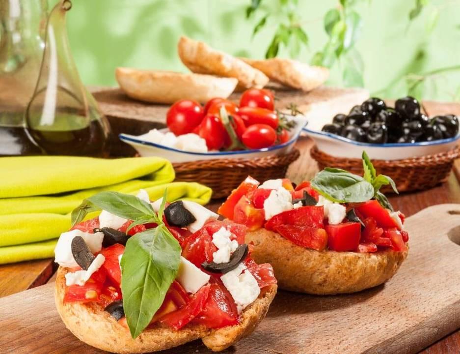 Η μεσογειακή διατροφή αποτελεί ασπίδα κατά της άνοιας