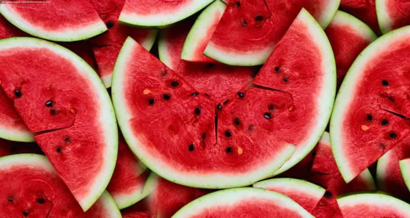Πόσες θερμίδες έχουν τα καλοκαιρινά φρούτα?