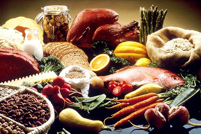 3 ήδη τροφών που πρέπει να αποφεύγεις αν θέλεις να χάσεις κιλά