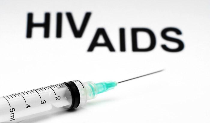 Μερικά από τα συμπτώματα λοίμωξης από τον ιό του AIDS