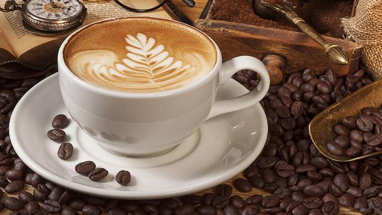 Πως η κατανάλωση του καφέ μπορεί να βοηθήσει στην μείωση της πίεσης