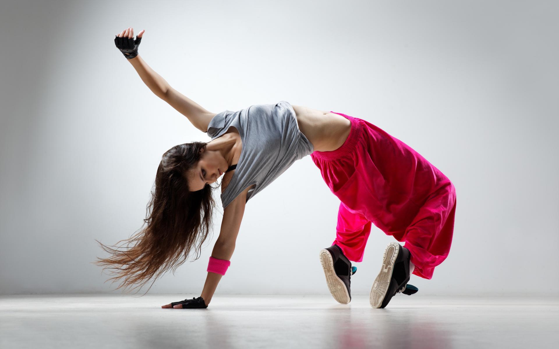 Νέα έρευνα δείχνει ότι ο χορός βοηθάει στην ενίσχυση της μνήμης και της μάθησης