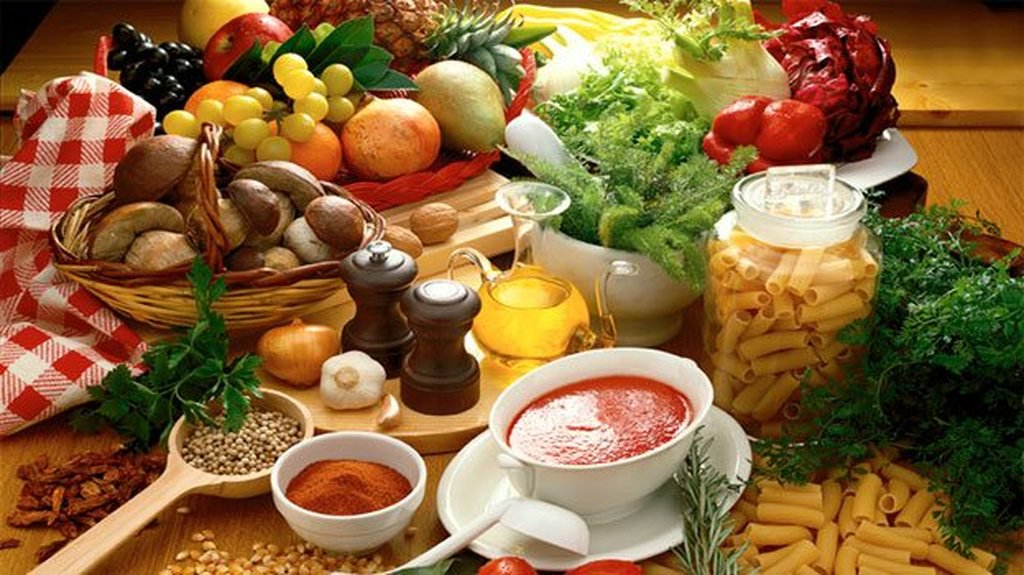 H διατροφή μας επηρεάζει την ψυχική μας υγεία